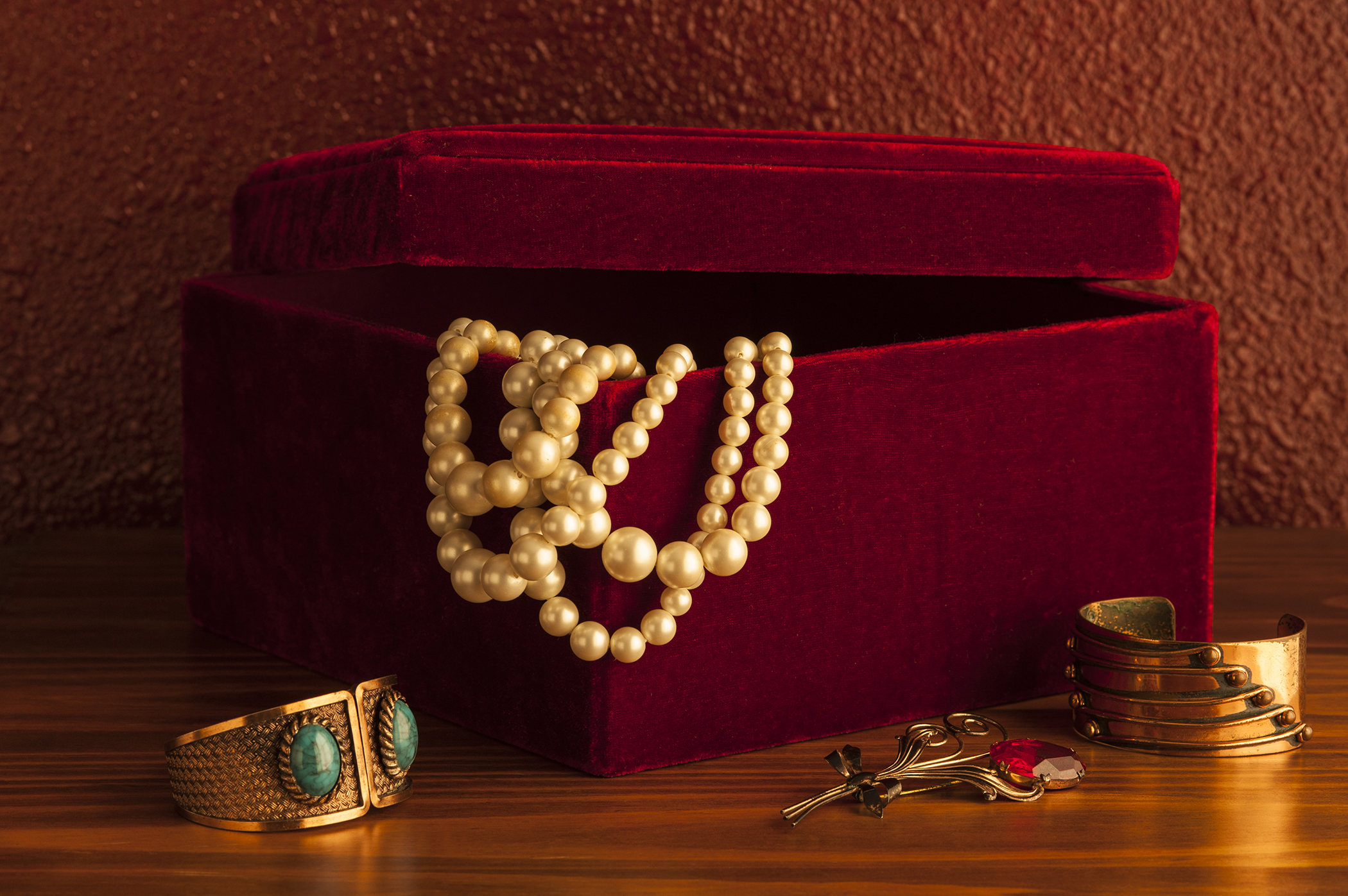 Tips on Buying a Jewelry Box